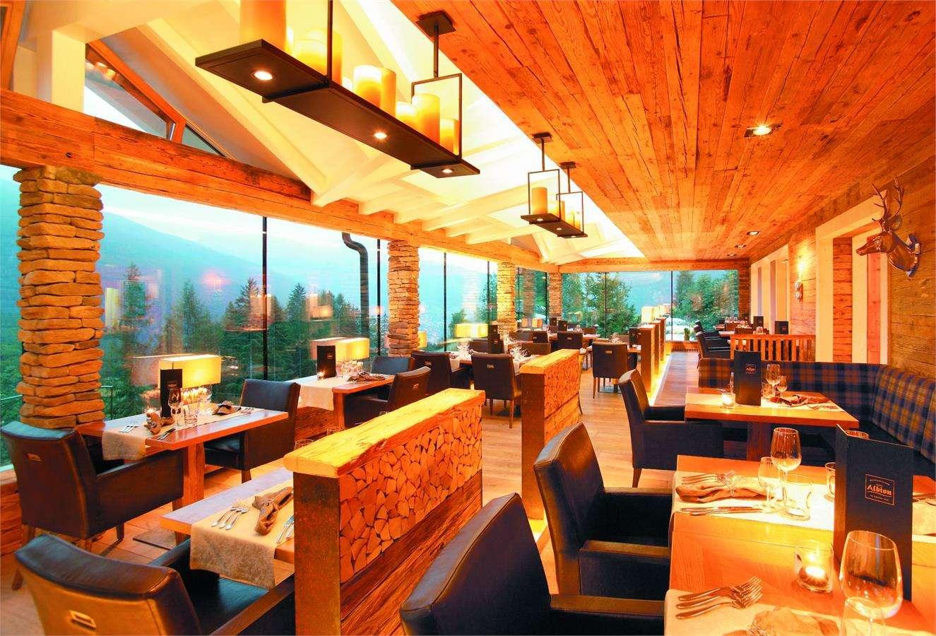 Hotel albion mountain spa resort s ortisei in gr den for Design hotel val gardena